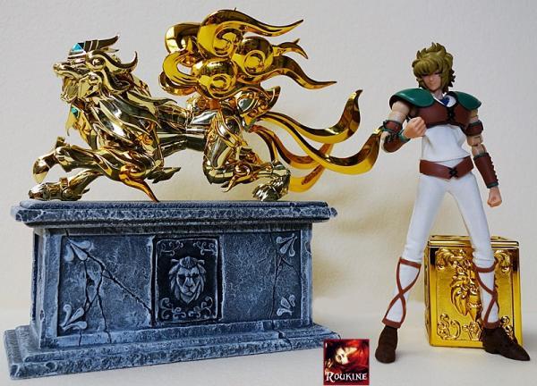 Piesdestal lion soul of gold